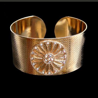 """Bracelet """"manchette"""" BRA01 © DR"""